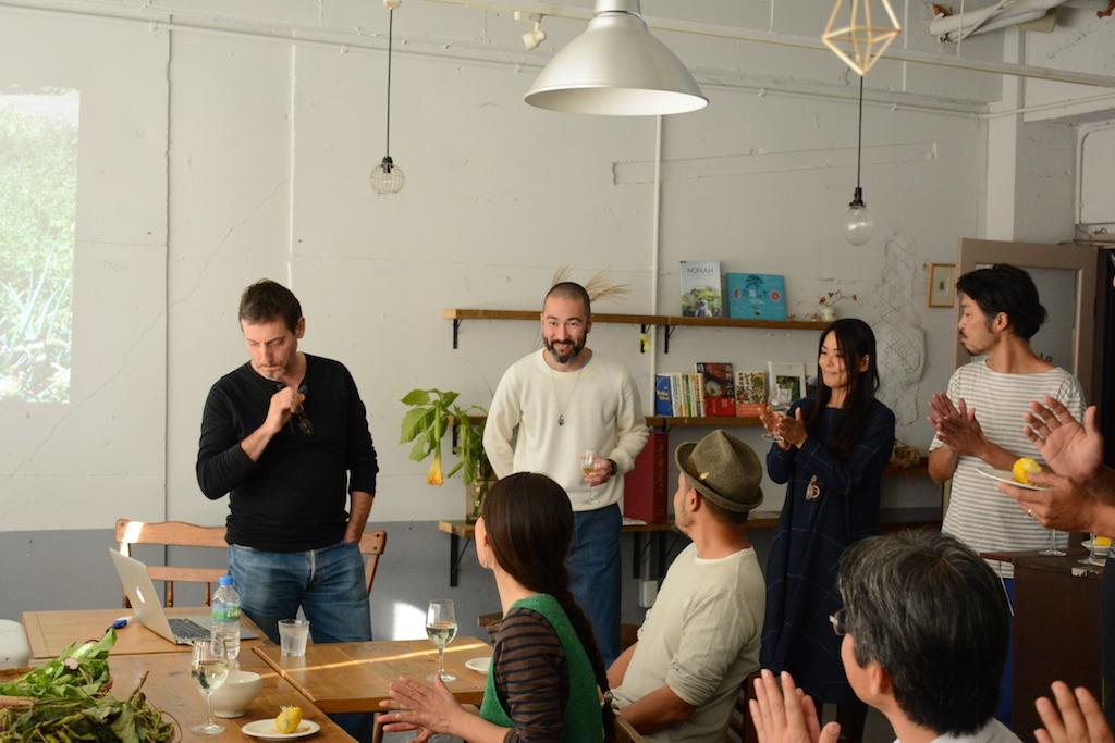 BEARDの原川さん(中央左)シェパニーズで5年間、毎年研修を受けられるうちにジェロームさんと意気投合し、東京で一緒にお店をはじめることに。